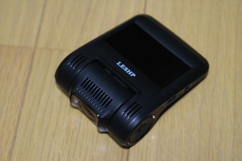 価格の割には、高品質な撮影のできるドライブレコーダーです