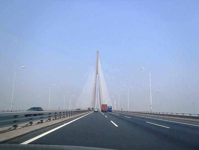上海から南通へ 蘇通大橋