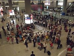 上海虹橋空港でデモ勃発 9