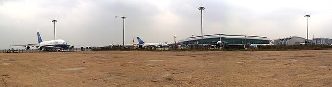 広州白雲国際空港とA380 そしてその周辺