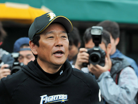 【さいてょ】栗山監督「打たれたの? 泣かす!」斎藤佑樹5回10安打4失点