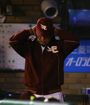 【闘将】星野監督ブチ切れ亀井のファインプレーに「そんなのどうでもいいんだよ!」