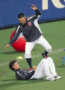 【画像】谷繁監督、選手にロッカー掃除を命じる!藤井を掃除リーダーに指名!