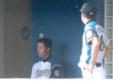【11失点】斎藤佑樹「失策が絡んだ4回以降は捕手のせいでもあるし、ある意味、なし。」