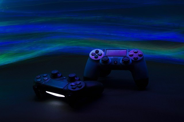 game-console-6603120_640