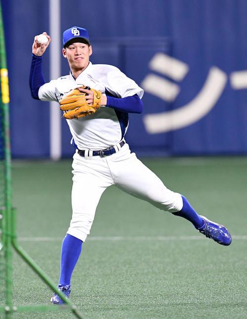 中日京田、ドラ1根尾との共闘誓う「いろんなポジションができるようになりたい」