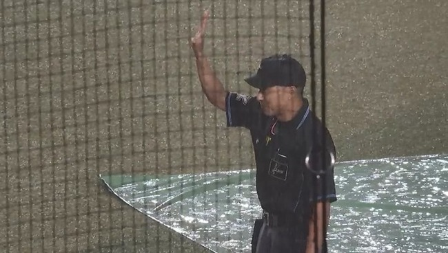 ロッテ対日本ハムは2-0で日本ハムが8回雨天コールド勝利!日本ハム・上沢、プロ初の2戦連続完封勝利!