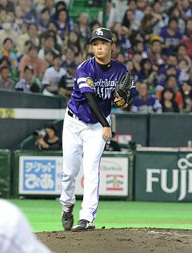 275px-HAWKS16-Higashihama