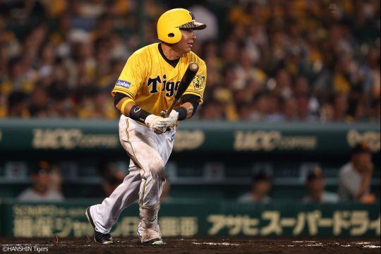 エフレン・ナバーロ(神).370(27-10)0本 5打点 OPS.882 得点圏打率.375
