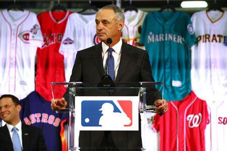 【MLB】敬遠ルール変更の効果いまだ見えず、試合時間は昨季より平均5分長く