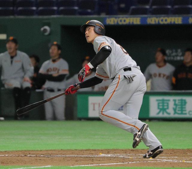 巨人岡本(21) .296(54-16) 6本 17打点 OPS1.043