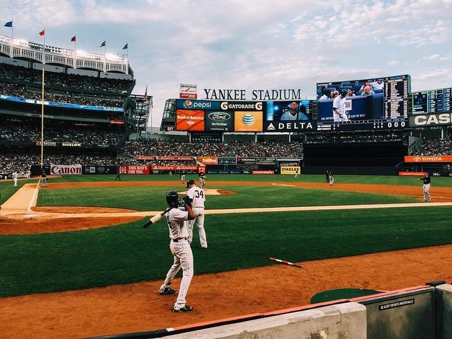 baseball-field-1081692_960_720