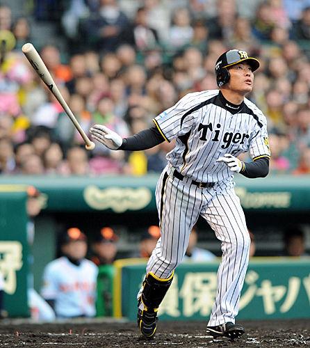yasu-bb-140413-fukudome-ns-big