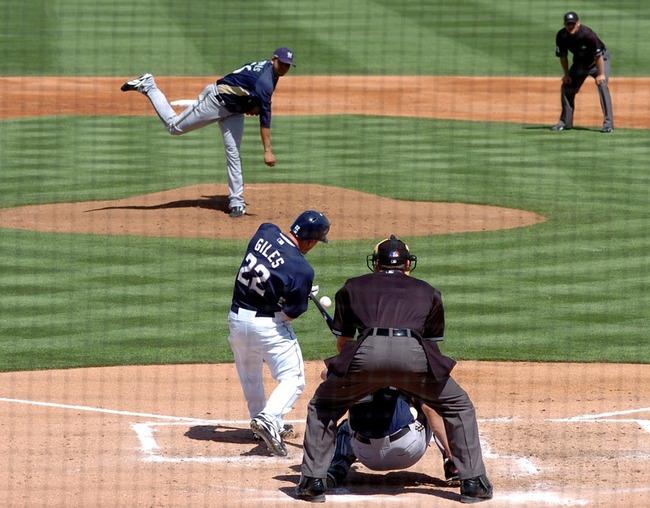 baseball-player-583656_960_720