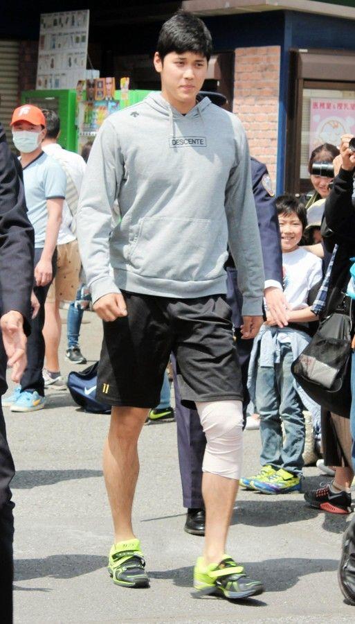 【悲報】大谷翔平さんの左足痛々しい