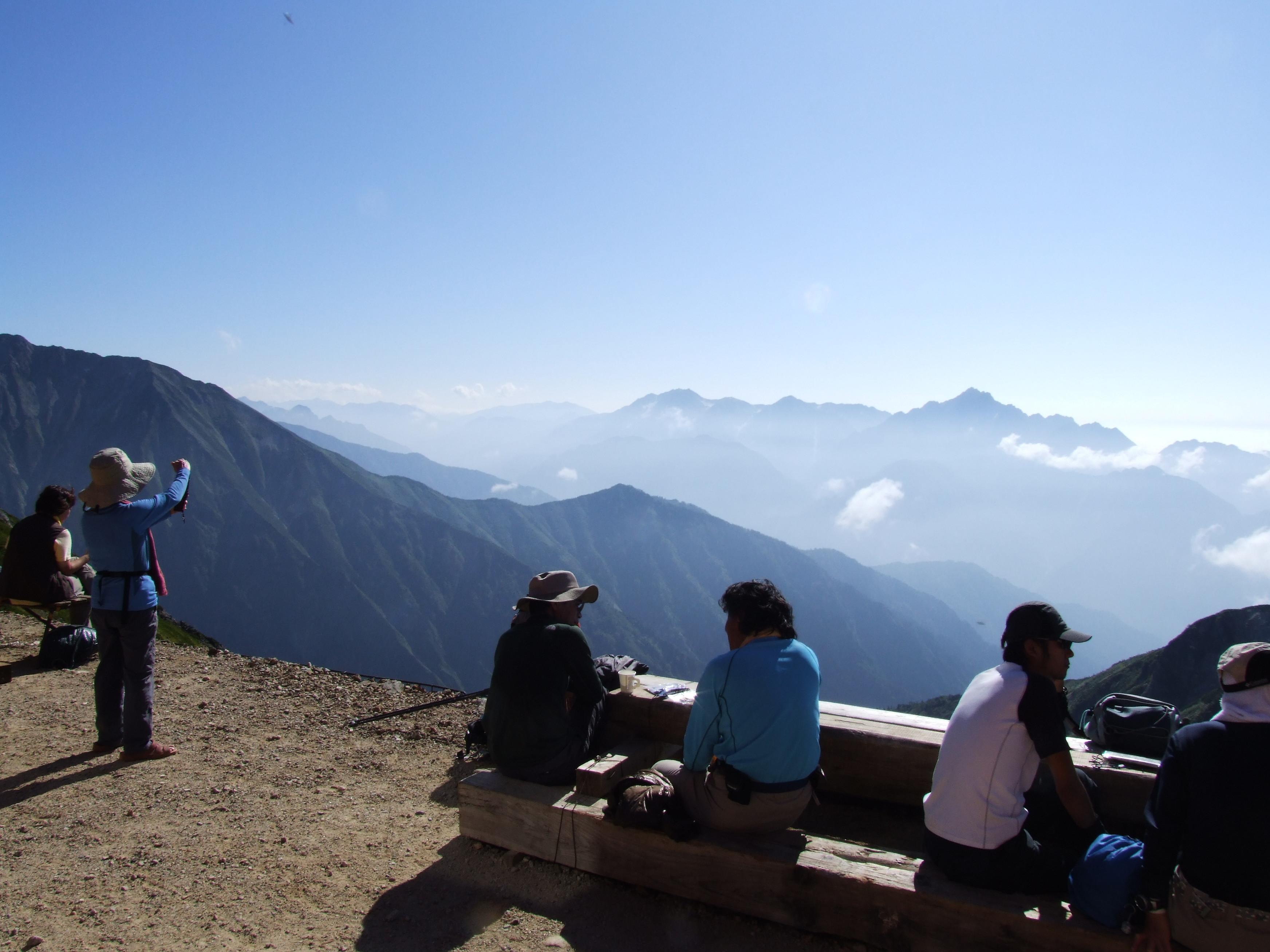唐松岳頂上山荘からの剣