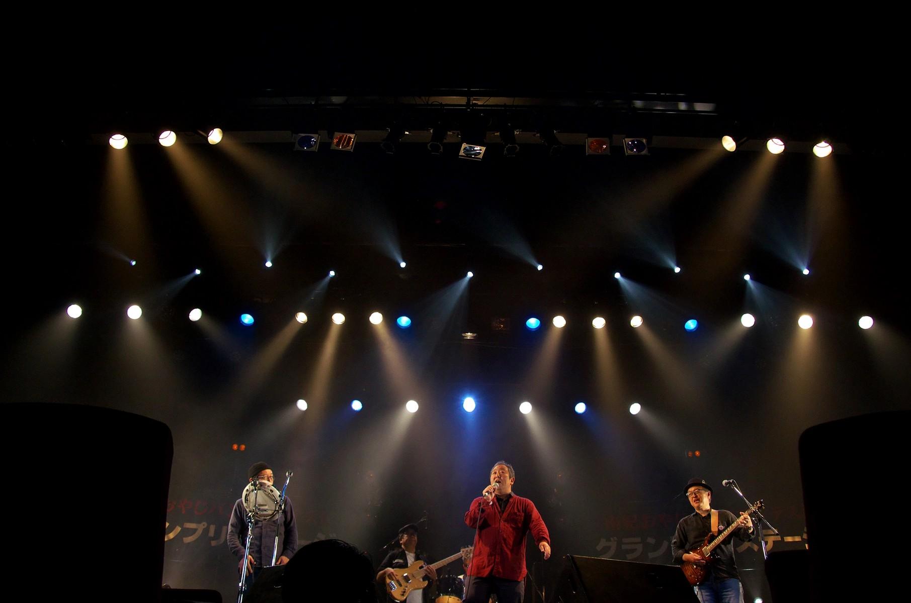 10_⑤lNA2011745_R