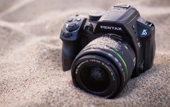 ee_wp-content_uploads_2012_05_pentax-K30-peegelkaamera-avang(1)