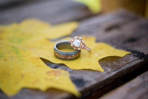 wedding-3013449_640