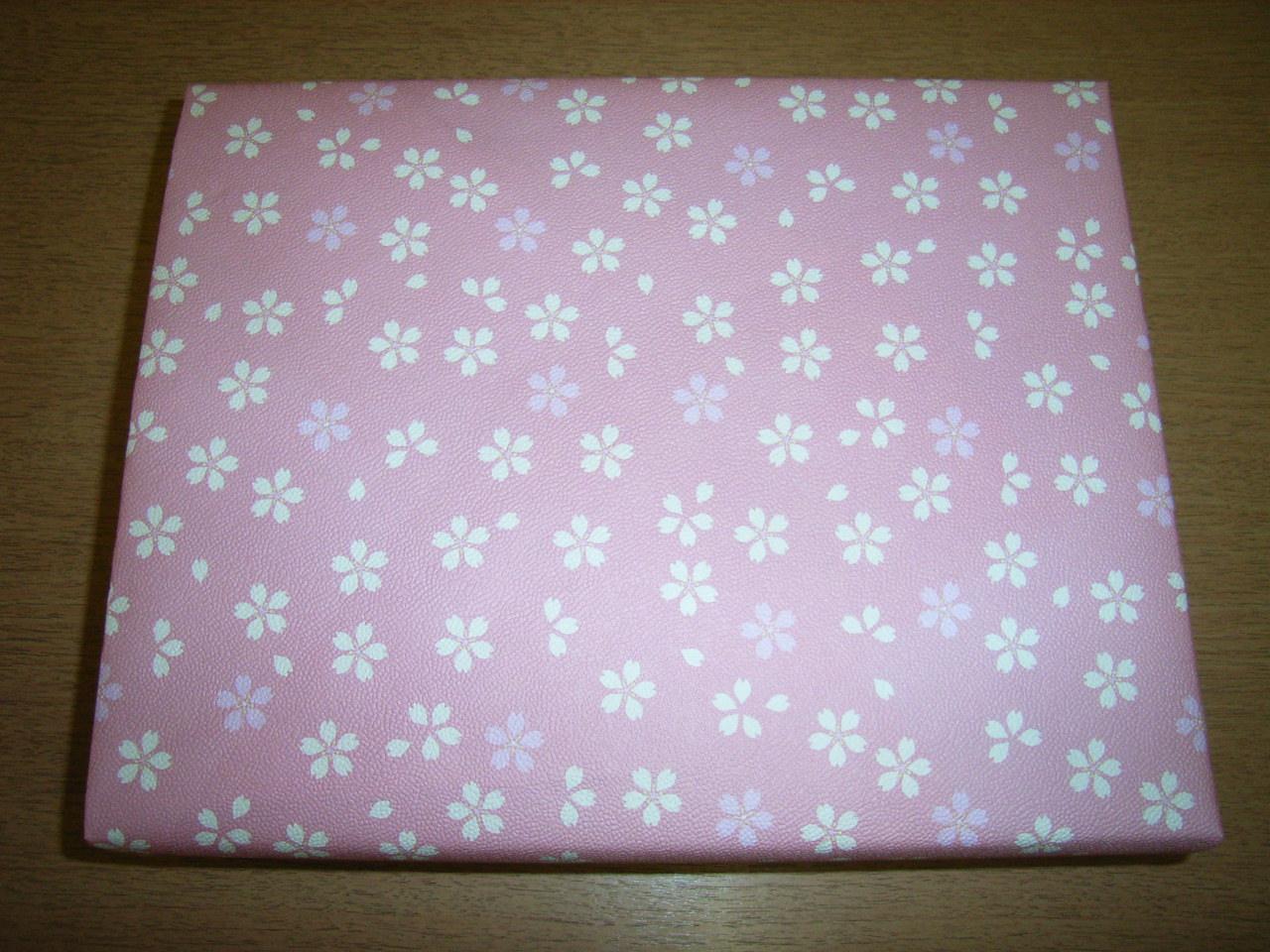 桜の包装紙