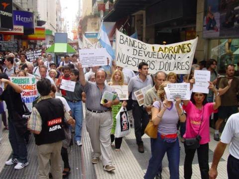 アルゼンチン経済破綻