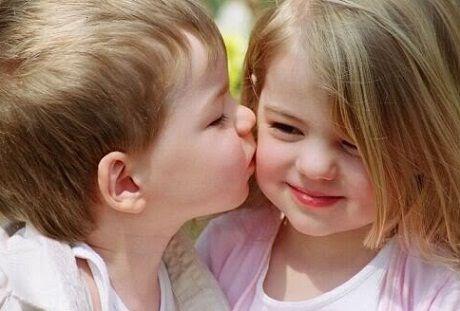 子ども同士のキス