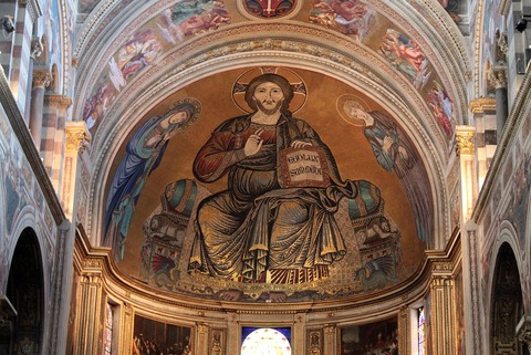 ピサの大聖堂内のモザイク画