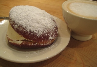 french cream donut