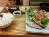 揚げ豚肉のおろしポン酢定食