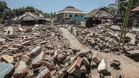 18827-lombok-indonesien-erdbeben