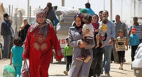 Families-fleeing-ISIS-held-Hawija