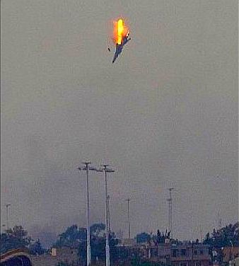◇ ロシア空軍機,撃墜される : 暗...