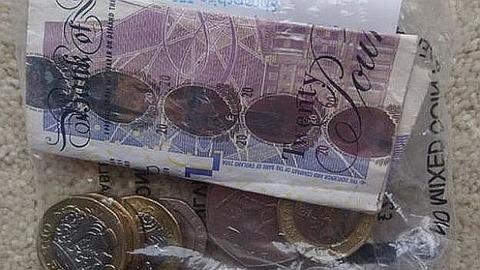 _105880527_theo_money