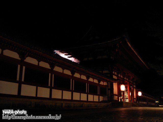 東大寺大仏殿回廊