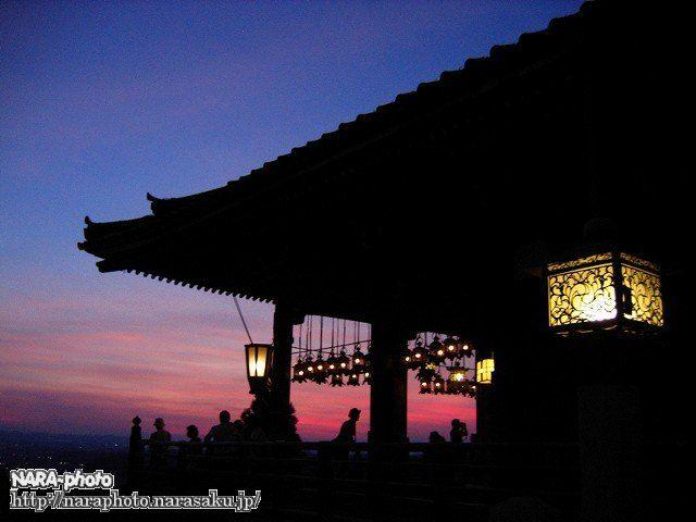 二月堂と夕焼け空