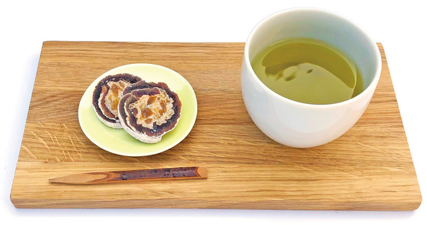 柿寿賀と緑茶
