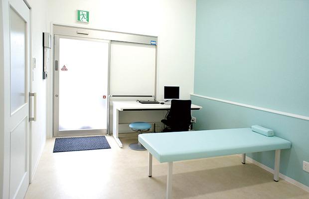 994060-たけつな小児クリニック隔離室