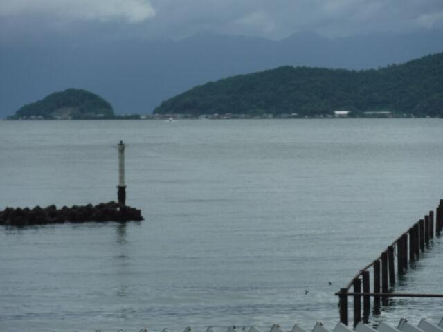 3.CF1408堀切港から臨む沖島