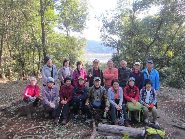 14.耳成山山頂にてIMG_9920