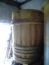 相馬醤油の木樽