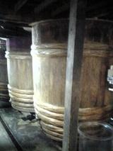 梅谷味噌醤油の桶