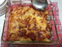 ジャガイモとベーコンのチーズ焼き