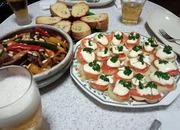 カポナータとスモークサーモンとジャガイモのカナッペ風