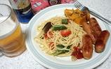 野菜とペペロンチーノとフランクフルト