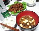 豆ご飯と肉だんごと味噌汁