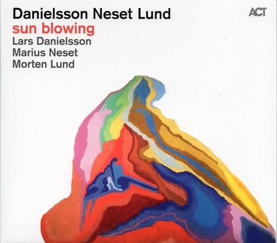 Danielsson Neset Lund / Sun Blowing