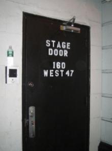 ステージドア