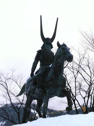 井伊直政の銅像01
