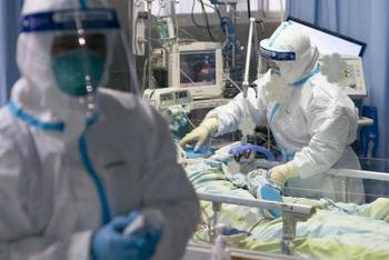 新型肺炎・予測、感染者数
