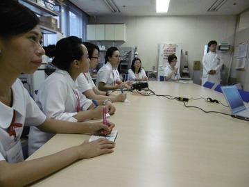台湾学生見学3